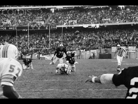 Oakland Raiders Sea of Hands live 2nd half - YouTube